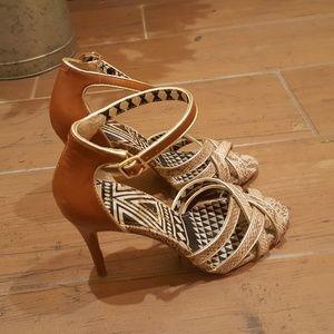 Jessica Simpson Brown/Gold Sandals